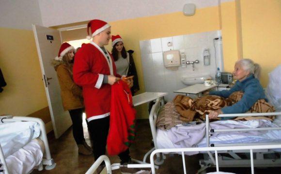 Wolontariusze w Zakładzie Opiekuńczo – Leczniczym