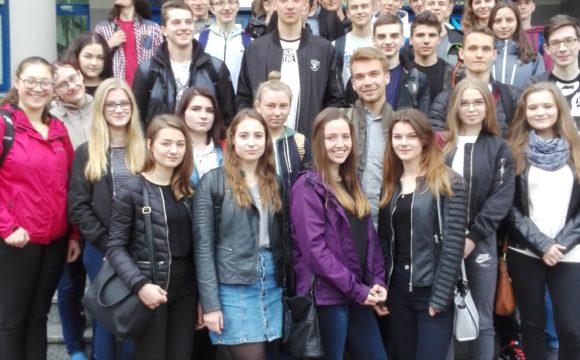 Fizyka wokół nas – uczniowie klas matematyczno-fizycznych na Politechnice Rzeszowskiej