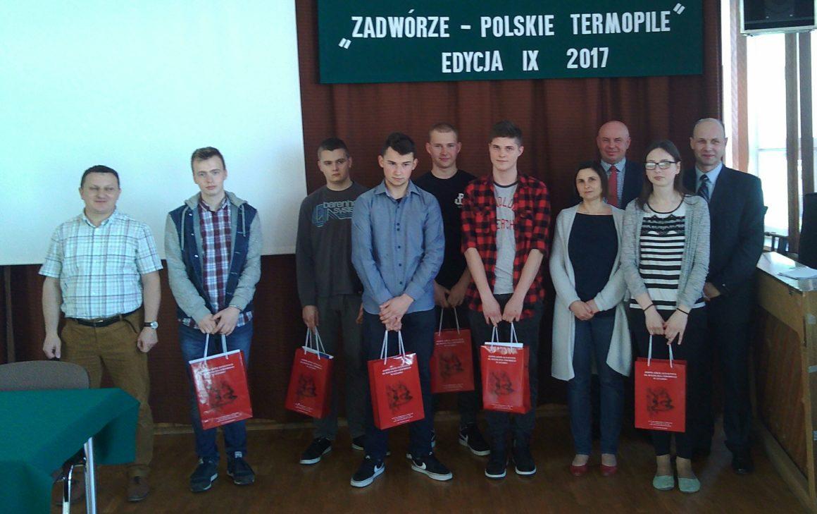 """Powiatowy konkurs """"Zadwórze – Polskie Termopile"""""""