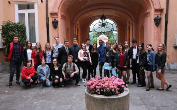 Wizyta partnerska wPortici (Erasmus+)