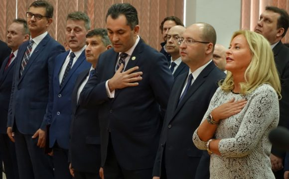 Delegacja zeStanów Zjednoczonych wZespole Szkół Licealnych im.Bolesława Chrobrego wLeżajsku