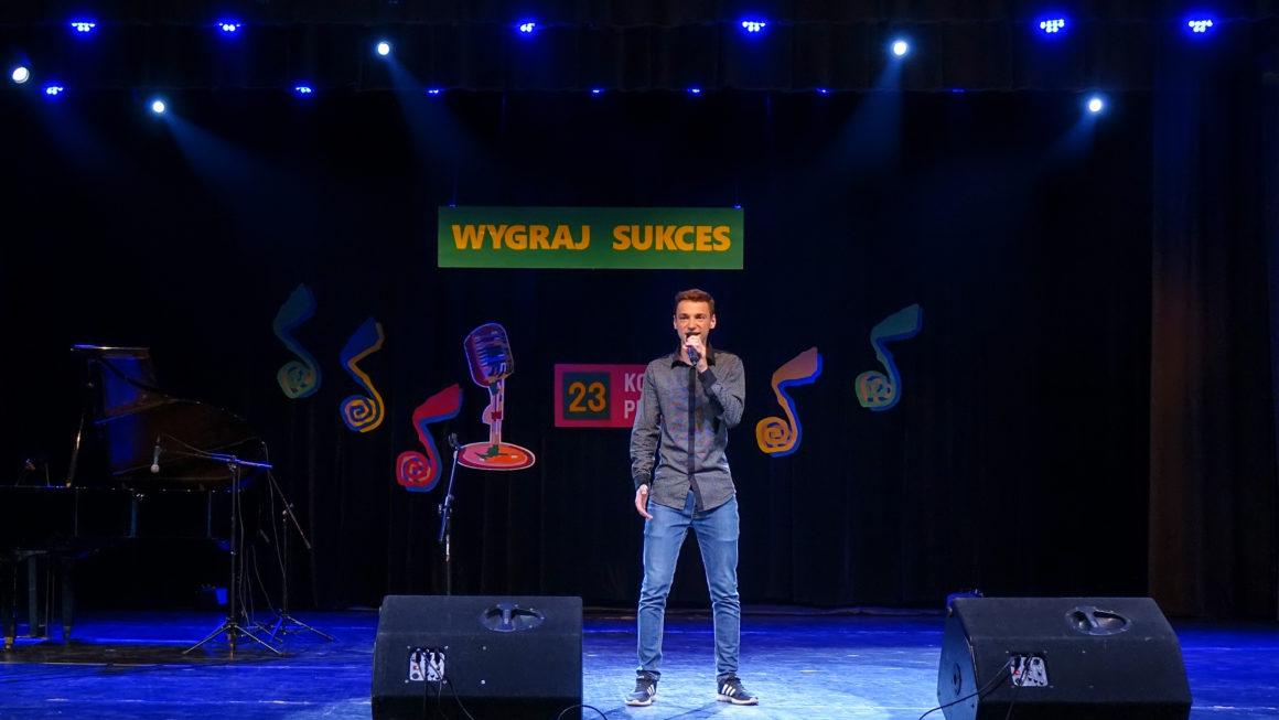 Dominik Tudryn wFinale  Ogólnopolskiego Konkursu Piosenki