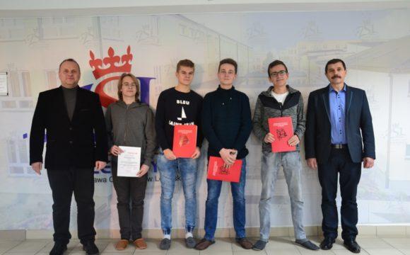 Ośmioro uczniów naszej szkoły w finale XXXIV Konkursu Matematycznego im. prof. Jana Marszała