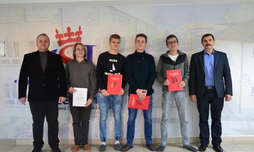 Ośmioro uczniów naszej szkoły wfinale XXXIV Konkursu Matematycznego im.prof.Jana Marszała