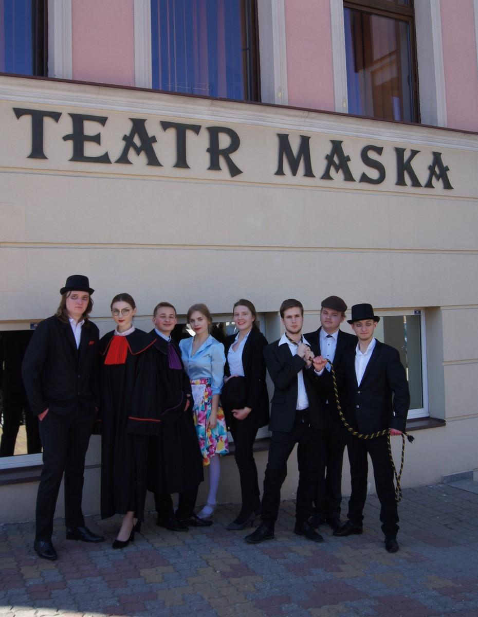 The Polyglots na scenie teatru MASKA