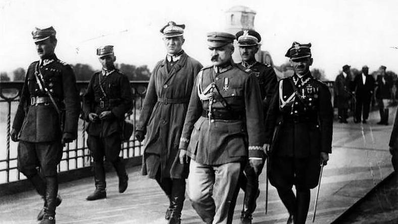 """Szkolny Konkurs Historyczny """" 100 lat Bitwy Warszawskiej"""""""